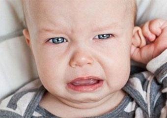 """Orta kulak hastalığında """"kulak tüpü"""" tedavisi"""