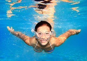 Deniz ve havuzda göz sağlığımız