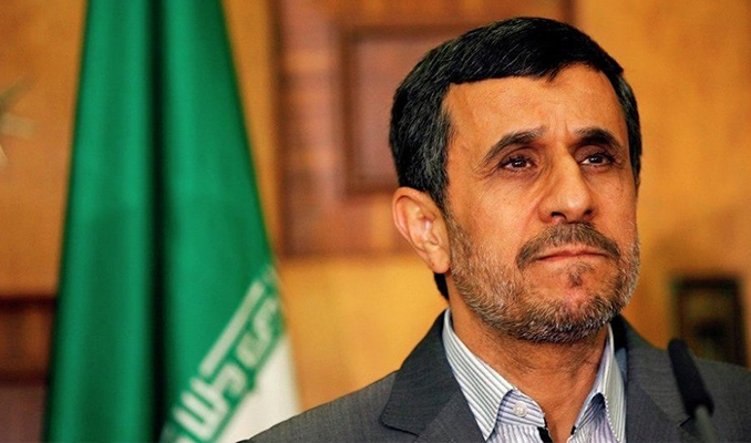 Ahmedinejad yeniden aday