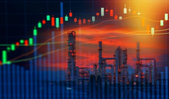 IEA, petrol talebi tahminini düşürdü