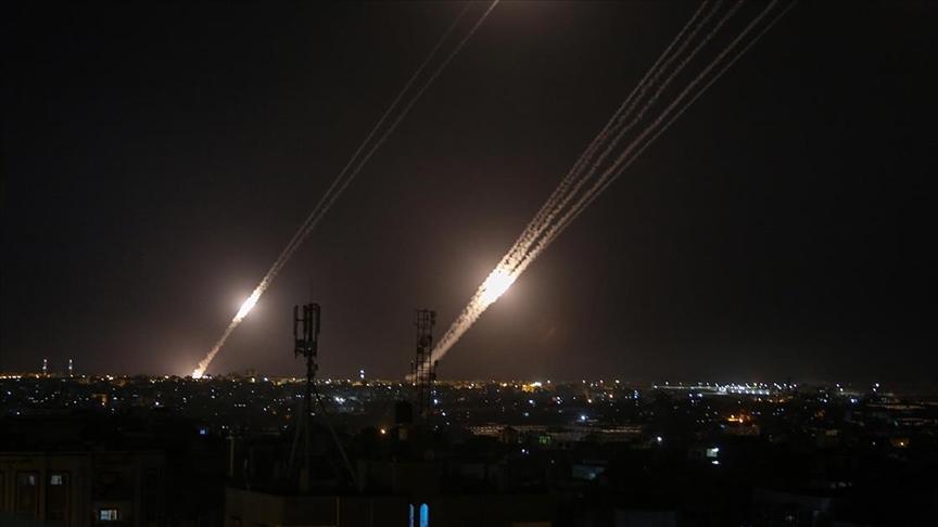 İsrail'in kuzeyine ulaştı! Hamas füzeleri 'Demir Kubbe'yi deldi
