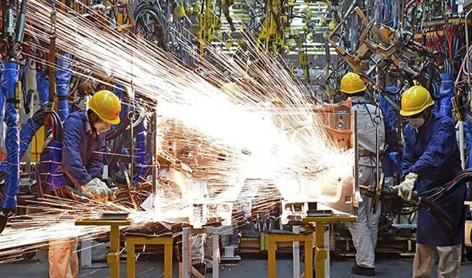 Sanayi hisseleri 30 kat daha fazla yükseldi